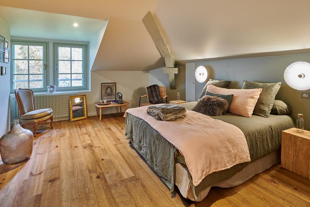 bel-air-maison-dhotes-des-landes-bel-air-lit-chambre-familiale-vue-foret